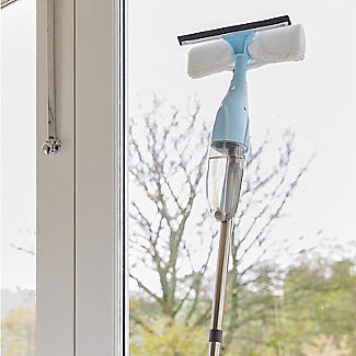 Lakeland Window 2 in 1 Spray Mop and Cloth Bundle alt image 4