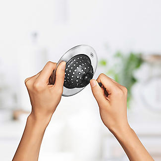OXO Good Grips Kitchen Sink Strainer 11cm Dia. alt image 4