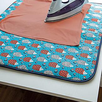 Lakeland Hedgehog Tabletop Ironing Blanket alt image 2