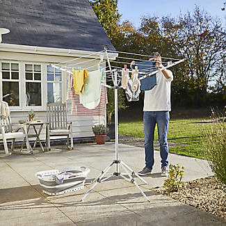 Lakeland Free-Standing Outdoor Rotary Airer alt image 2