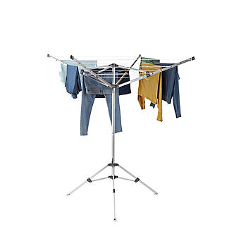 Lakeland Free-Standing Outdoor Rotary Airer alt image 3