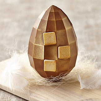 Cottage Delight Salted Caramel Chocolate Egg