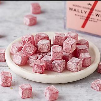 Wally and Whiz Blackcurrant with Strawberry Nordic Gourmet Gummies 150g alt image 2