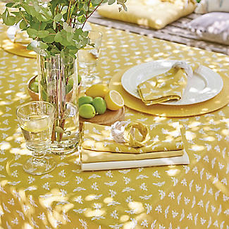 Walton & Co. Bee Tablecloth Yellow 100 x 100cm alt image 2