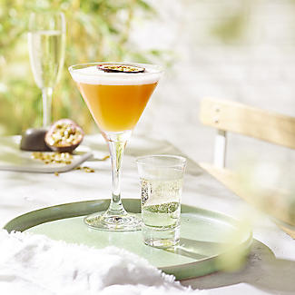 Tipplesworth Passion Fruit Martini Mixer 500ml alt image 2