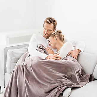 Beurer Cosy Heated Throw Taupe 180 x 130cm alt image 4