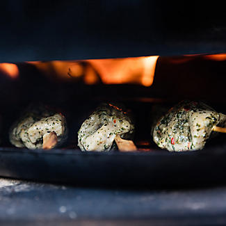 Ooni 3 Outdoor Oven with Cover and Peel and 3Kg Pellets Bundle alt image 8