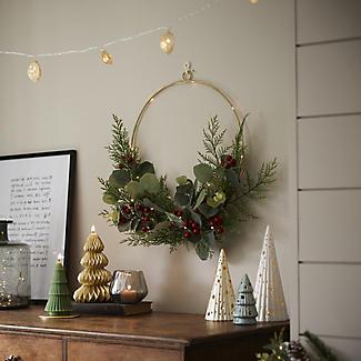 LED Festive Foliage Wreath Hoop Decoration alt image 3