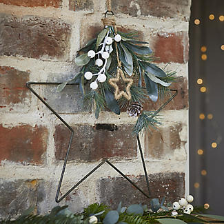 Festive Foliage Star Christmas Decoration alt image 2