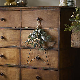 Festive Foliage Star Christmas Decoration alt image 3