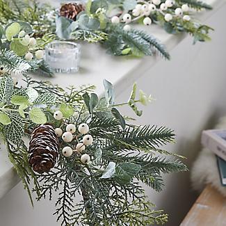 Festive Foliage Garland 1.8m Christmas Decoration alt image 2