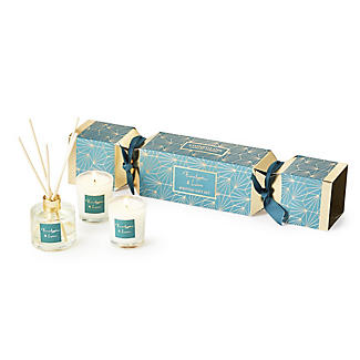 Stoneglow Candles Eucalyptus & Lime Cracker Gift Set