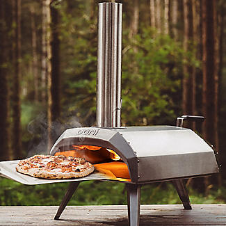 Ooni Karu Outdoor Pizza Oven UU-P0A100 with Cover and Pizza Peel alt image 2
