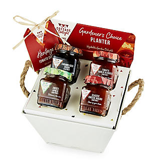 Cottage Delight Gardener's Choice Planter Christmas Hamper alt image 3