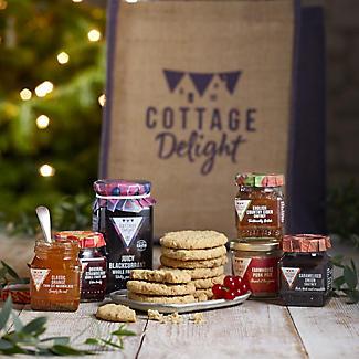 Cottage Delight Traditional Treats Tote Hamper alt image 2
