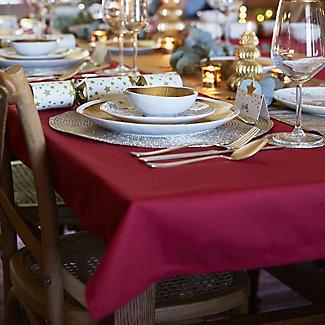 Red Rectangular Tablecloth – 132 x 228cm alt image 2