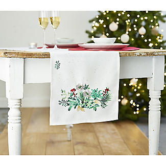 Lakeland Evergreen Traditional Christmas Table Runner alt image 3
