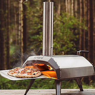 Ooni Karu Outdoor Pizza Oven UU-P0A100 with Pizza Peel and Cookbook alt image 2