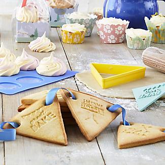 Great British Bake Off Bunting Cookie Cutter Set alt image 2