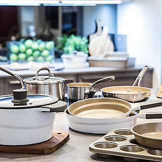 Prestige Moments 20cm Casserole Dish 2.6L alt image 8