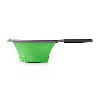 OXO Good Grips Silicone Collapsible Colander with One Handle alt image 5