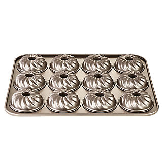 Lakeland Speciality Bakeware 12 Cup Swirl Ring Tin alt image 4