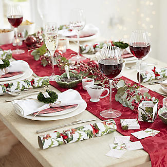 Talking Tables Botanical Holly Christmas Red Tartan Paper Napkins x 20 alt image 2
