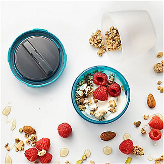 Trudeau Yoghurt and Granola Container For Breakfast On The Go 530ml alt image 2