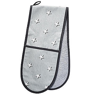 Mary Berry with Lakeland Star and Stripe Print Double Oven Glove alt image 2
