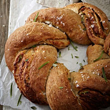 Sourdough Garlic Twist