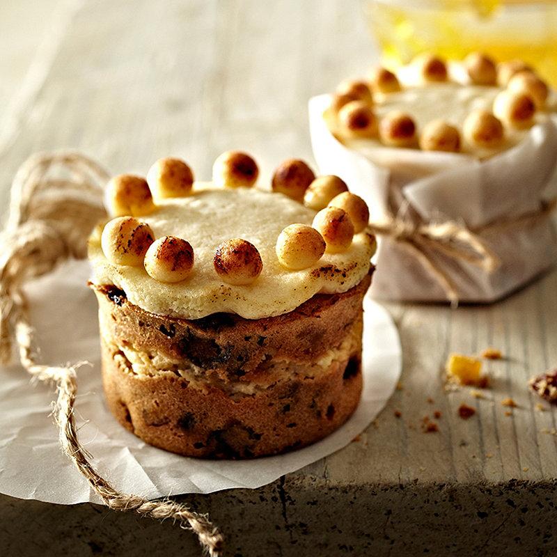 Lakeland Mini Cake Tin Recipes