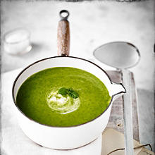 Courgette Soup With Wild Garlic and Mint