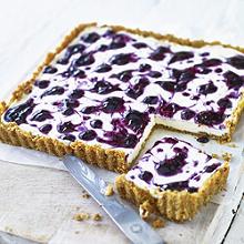 Lavendel-Heidelbeer-Käsekuchen