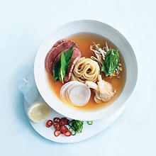 Donna Hay's Simple Beef Noodle Soup